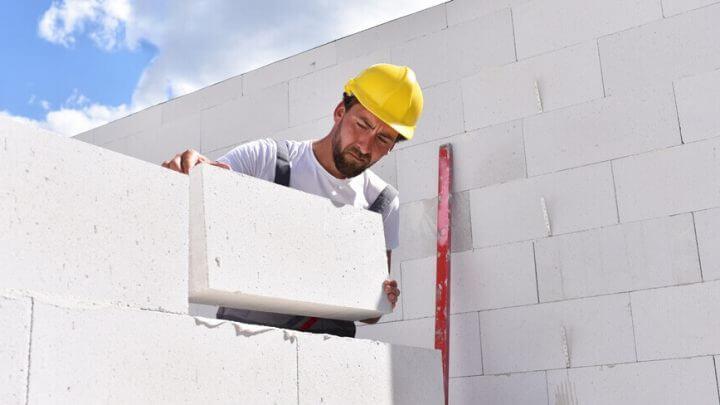 Murowanie ścian – jaki materiał wybrać